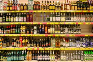 spirituosen-im-supermarkt