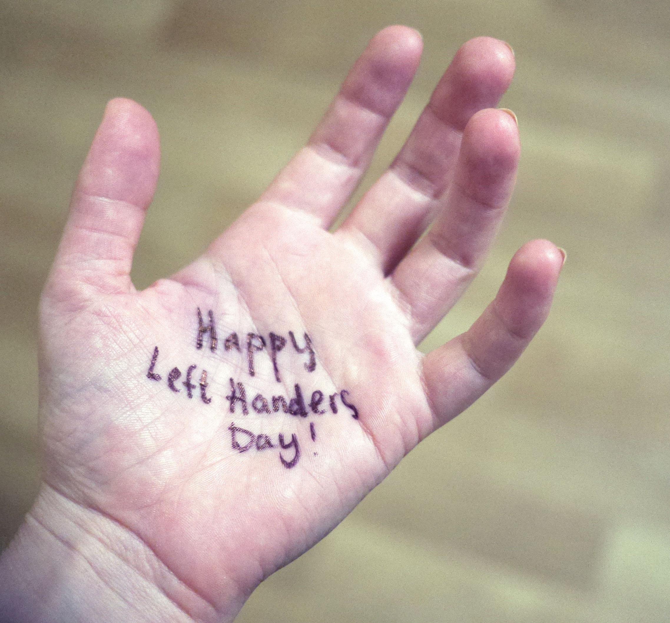 left handers day donders wonders
